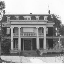 Image of Churchill Manor, 485 Brown St., Napa