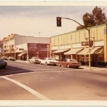 Image of 2012.68.25.99 - Main St. businesses, April 30, 1972