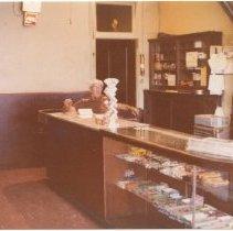 Image of 2012.68.25.104 - Oberon Bar building, October 4, 1978