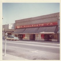Image of 2012.68.25.14 - Woolworth's, Napa, September 30, 1962