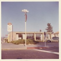 Image of 2012.68.25.19 - Wells Fargo, September 27, 1964