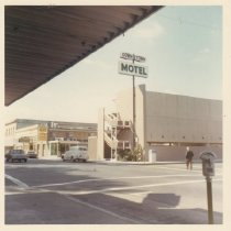 Image of 2012.68.25.23 - Downtown Motel, May 19, 1963