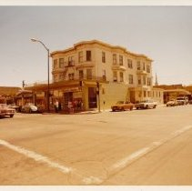 Image of 2012.68.25.43 - 1331 First St., Napa, April 21, 1973