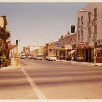 Image of 2012.68.25.59 - Businesses at Main, April 30, 1972