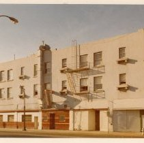 Image of 2012.68.25.65 - Connor Hotel, June 5, 1975
