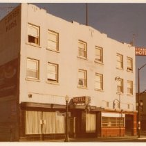 Image of 2012.68.25.66 - Connor Hotel, December 5, 1975