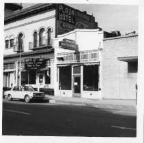 Image of 2012.68.25.10 - Brown St., March 9, 1971