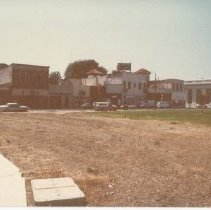 Image of 2012.68.25.74 - Main St. from Veterans Park, July 27, 1980