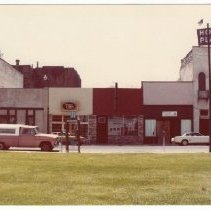 Image of 2012.68.25.77 - Main St. from Veterans Park, July 27, 1980