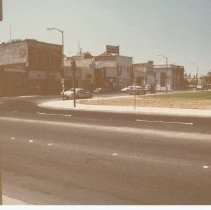 Image of 2012.68.25.78 - Main St. from Veterans Park, July 27, 1980