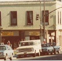 Image of 2012.68.25.84 - Sal's Barbershop, March 16, 1981