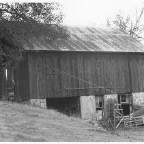 Image of Crochat-Hopman Barn, Lower Chiles Valley Road