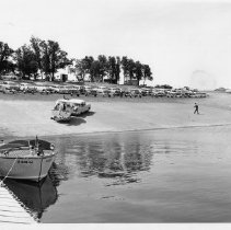 Image of 2011.61.1219 - Lake Berryessa boat launch