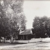 Image of 2002.43.304 - Home of W.A. Mackinder