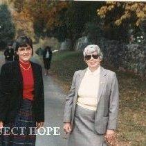 Image of Joanne Jene & Carol Fredriksen at HOPE Center
