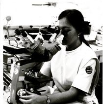 Image of Lab Technician Linda Nims
