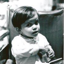 Image of Avenoide Barbosa da Silva drinking his HOPE milk