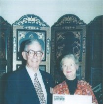 Image of Hal Royaltey and ? at the 1996 reunion in Seattle.
