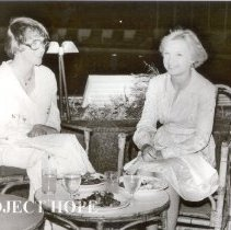 Image of Marilyn Ryan and Nancy Chandler, Cairo Egypt, 1978