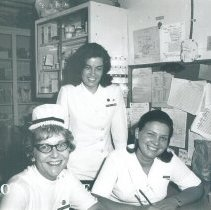 Image of Mary Townsend, Dorothy Hodson and Noreen Stoolman Jamaica Voyage IX.