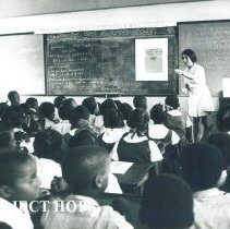 Image of Eleanor Peck, dietitian, at St Michaels School in Jamaica Voyage IX.