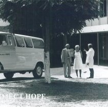 Image of Unknowns with HOPE van in Jamaica Voyage IX.