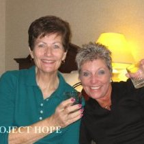 Image of Val Cook and Diane Speranza at the 2008 Reunion in DC.
