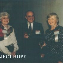 Image of Esther Kooiman and unknown at the 1993 reunion in Albuquerque.