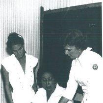 Image of Brazilian nurses with June Barreras