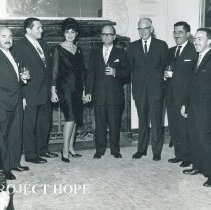 Image of Peruvian Dignitaries.