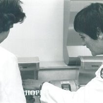 Image of Linda Porter supervises a dental lab session at EPCC with HOPE in 1970.