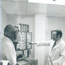 Image of EPCC respiratory care director Frank Alvarez teaching Melton Pennington.