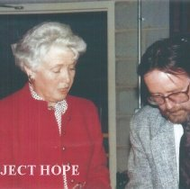 Image of Helen Walsh and Chuck Hill at 1991 Alumni Board Meeting
