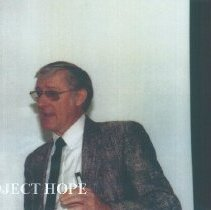 Image of Tom Kirby speaking at the 1991 Alumni Board Meeting