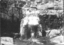 Image of 1974-P030:00024 - Schott, Dera