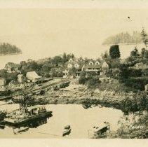 Image of Irvine's Landing waterfront