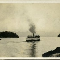 Image of SS Capilano II postcard front