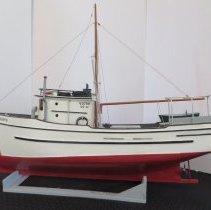 """Image of Model of Olli Sladey's boat """"Soupfin"""""""
