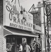 Image of People lined up outside Jolly Rancher Ice Cream at 1113 Washington Ave. in