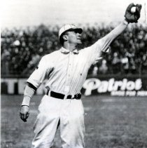 Image of Roy Hartzell catching ball