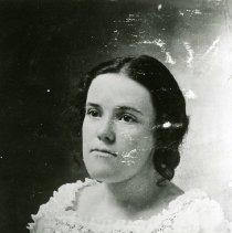 Image of Mary Hoyt