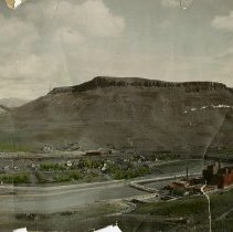 Image of Coors Brewery and North Table Mountain