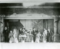 "Image of ""Charley's Aunt"" cast"