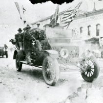 Image of Armistice Day Parade 1918