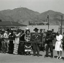 Image of Prospectors Trail Parade participants