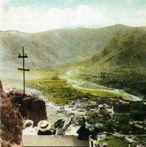Image of Castle Rock Scenic Railway car descending