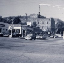 Image of Washington Avenue and 13th Street Intersection with Spudnuts