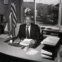 Image of Sheriff Harold Bray