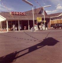 Image of Jackson Street Super Service Conoco Station II