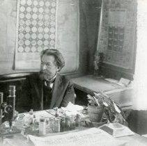 Image of Dr. Paul Meyer